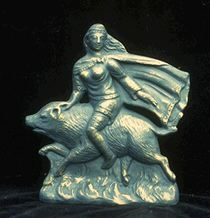freya--JBL statues